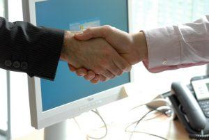 Fabrica mayorista asesoramiento distribucion acuerdo ventanas y puertas aluminio pvc a medida